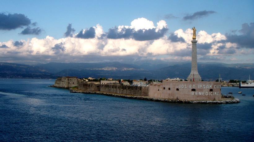 Messina celebra la Madonna della Lettera. Processione alle 18