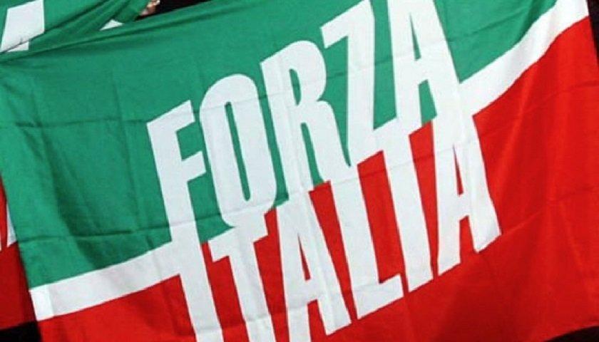 Altro cambio di casacca, Parisi torna in Forza Italia