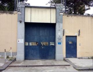 Barcellona, ennesima aggressione in carcere