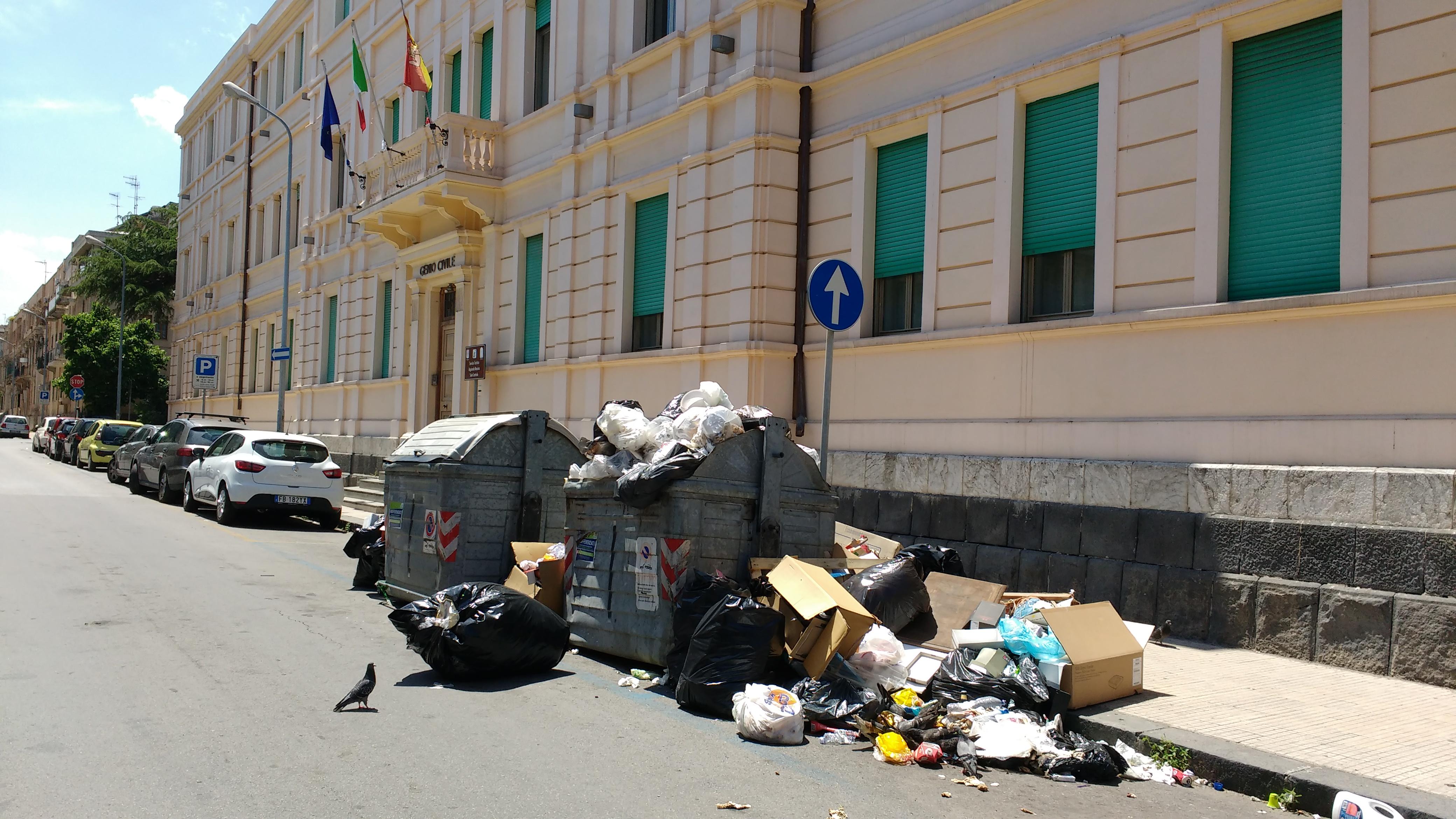 """Musumeci: """"Sui rifiuti ritardi di 15 anni, si potenzi la raccolta differenziata"""""""