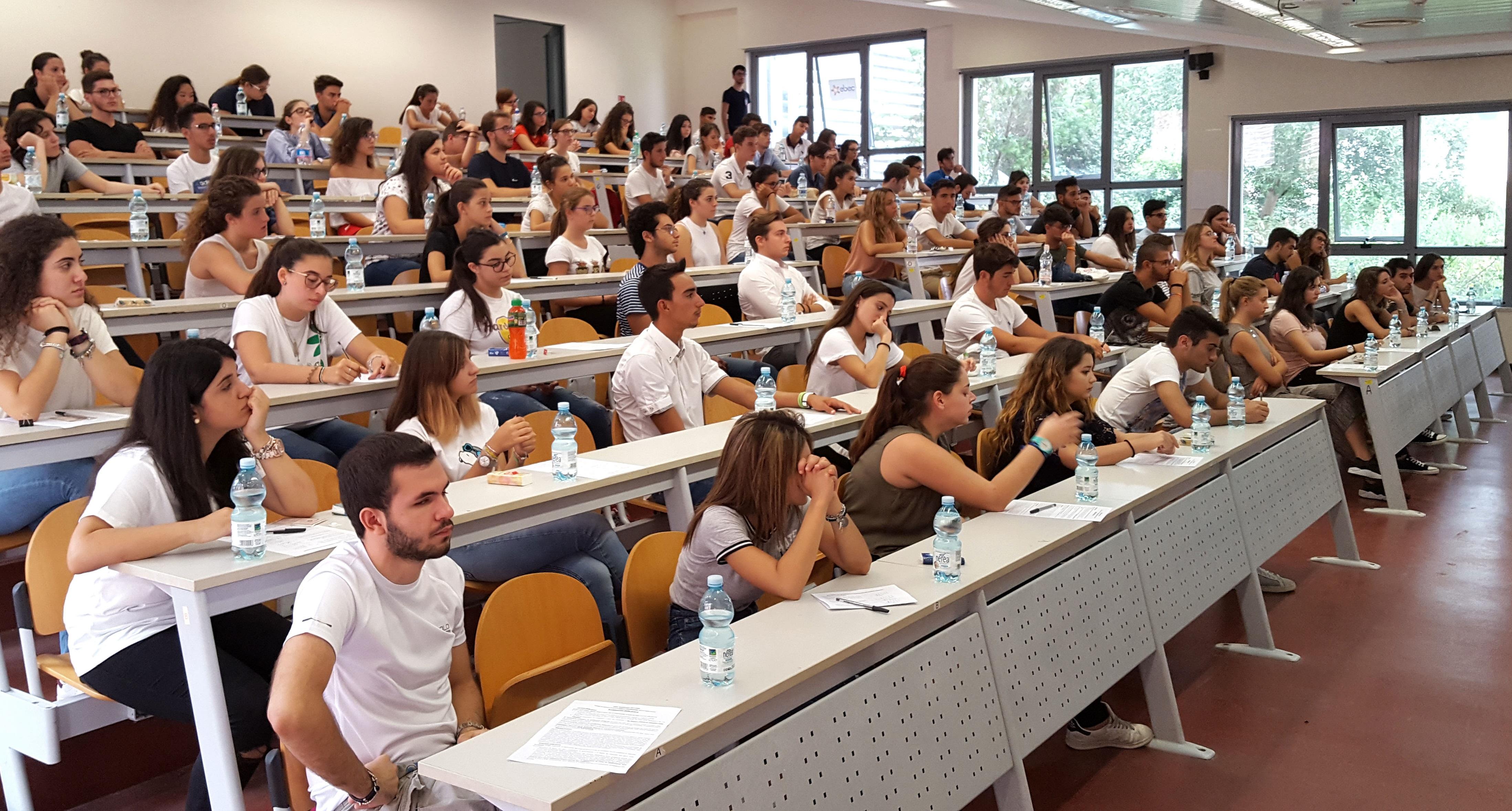 Coronavirus, l'Università sospende le lezioni fino al 9 marzo