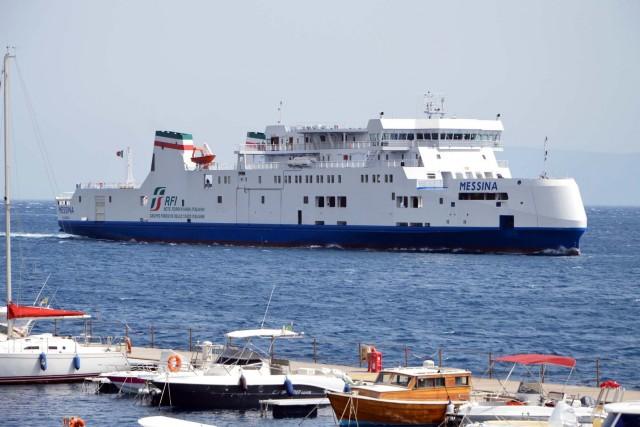 Continuità territoriale e caro traghetti nel mirino del M5S