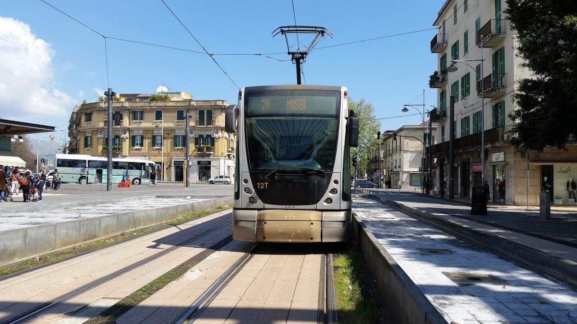 Carnevale, tram sospeso martedì pomeriggio tra capolinea Bonino e stazione Fs