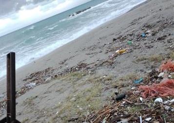 """Sos di Biancuzzo: """"L'erosione minaccia il centro abitato di Acqualadrone"""""""