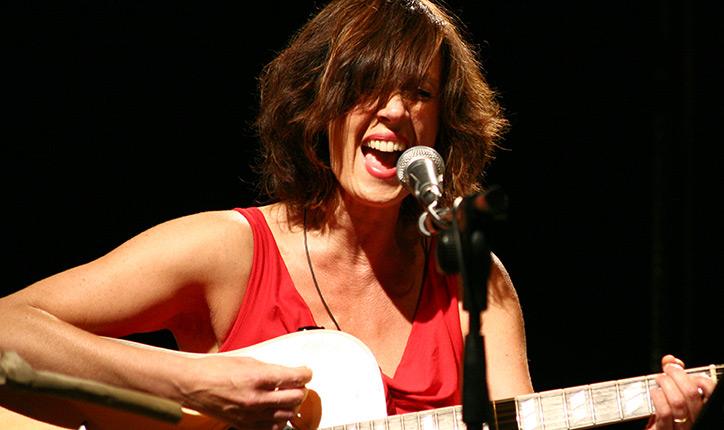 Alternative rock di Cristina Donà in 20 anni di carriera, ospite questa sera al Retronouveau