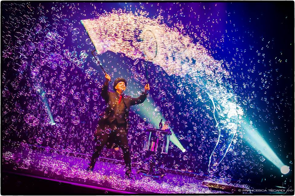 Teatro Mandanici: trepidante attesa per Marco Zoppi e l'incanto di Bubbles