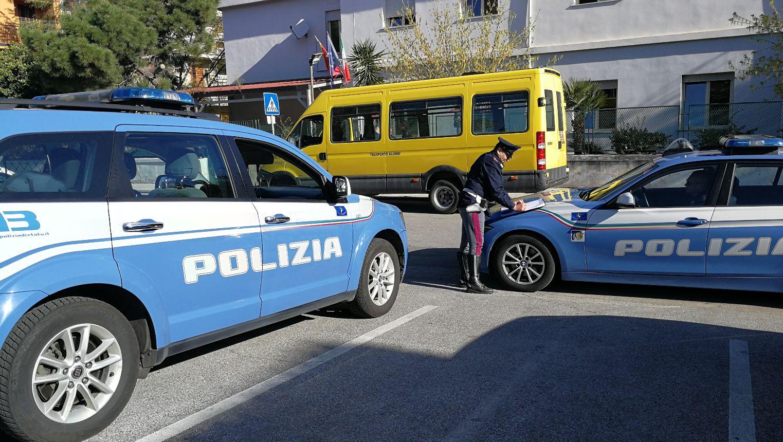 Gita scolastica su un bus non assicurato, ditta e conducente stangati