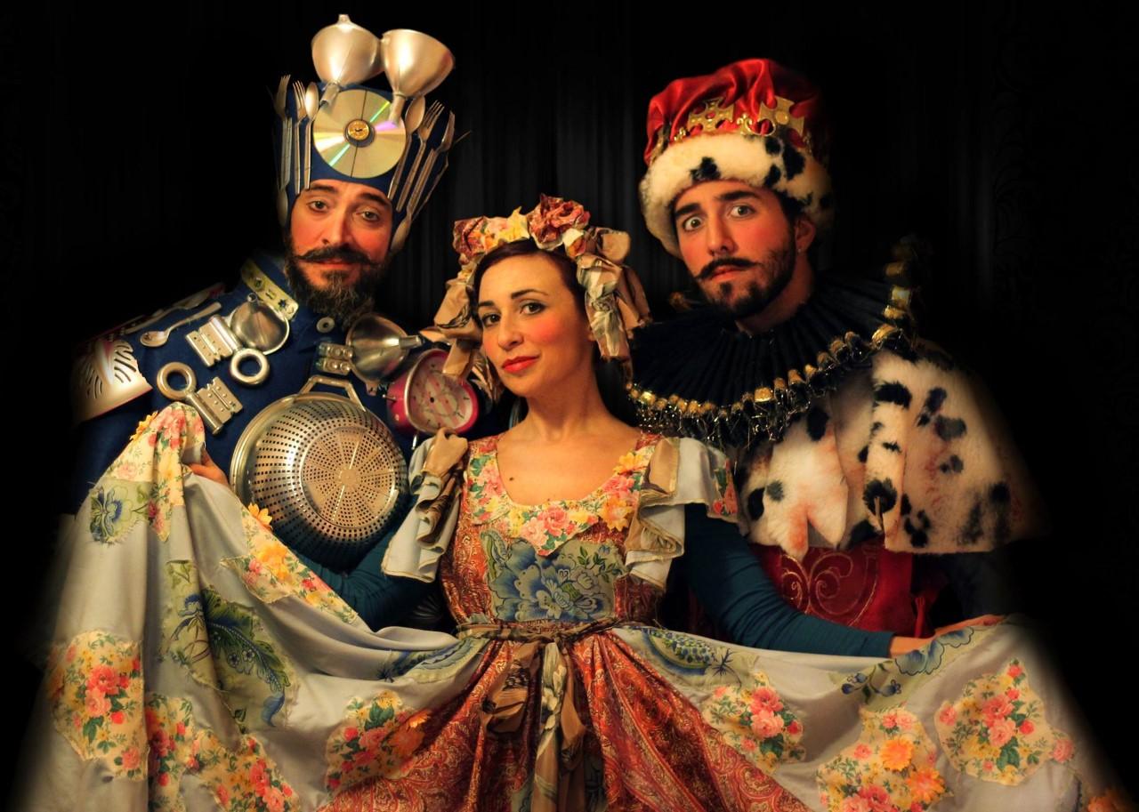 La rassegna Laudamo Show off presenta la favola dal titolo Nel regno di Re Ciclaggio