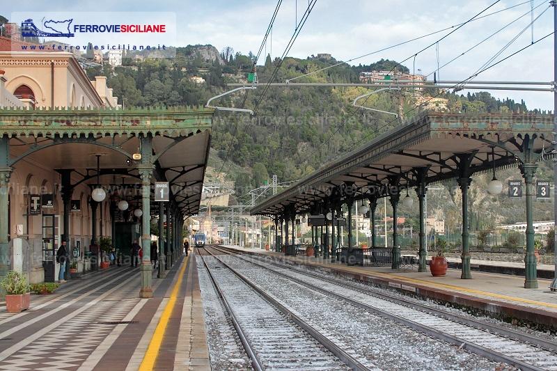 """Sos dell'Associazione Ferrovie siciliane: """"Il futuro della stazione Fs Taormina-Giardini nelle mani della politica"""""""