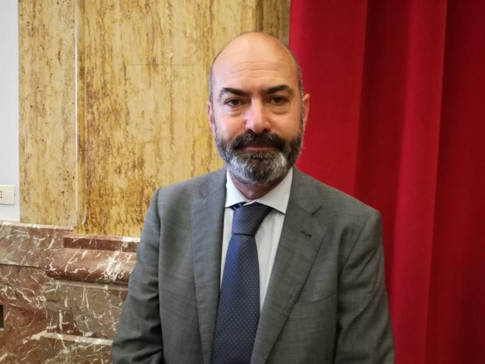 Consegnati tre nuovi defibrillatori al Comune di Messina