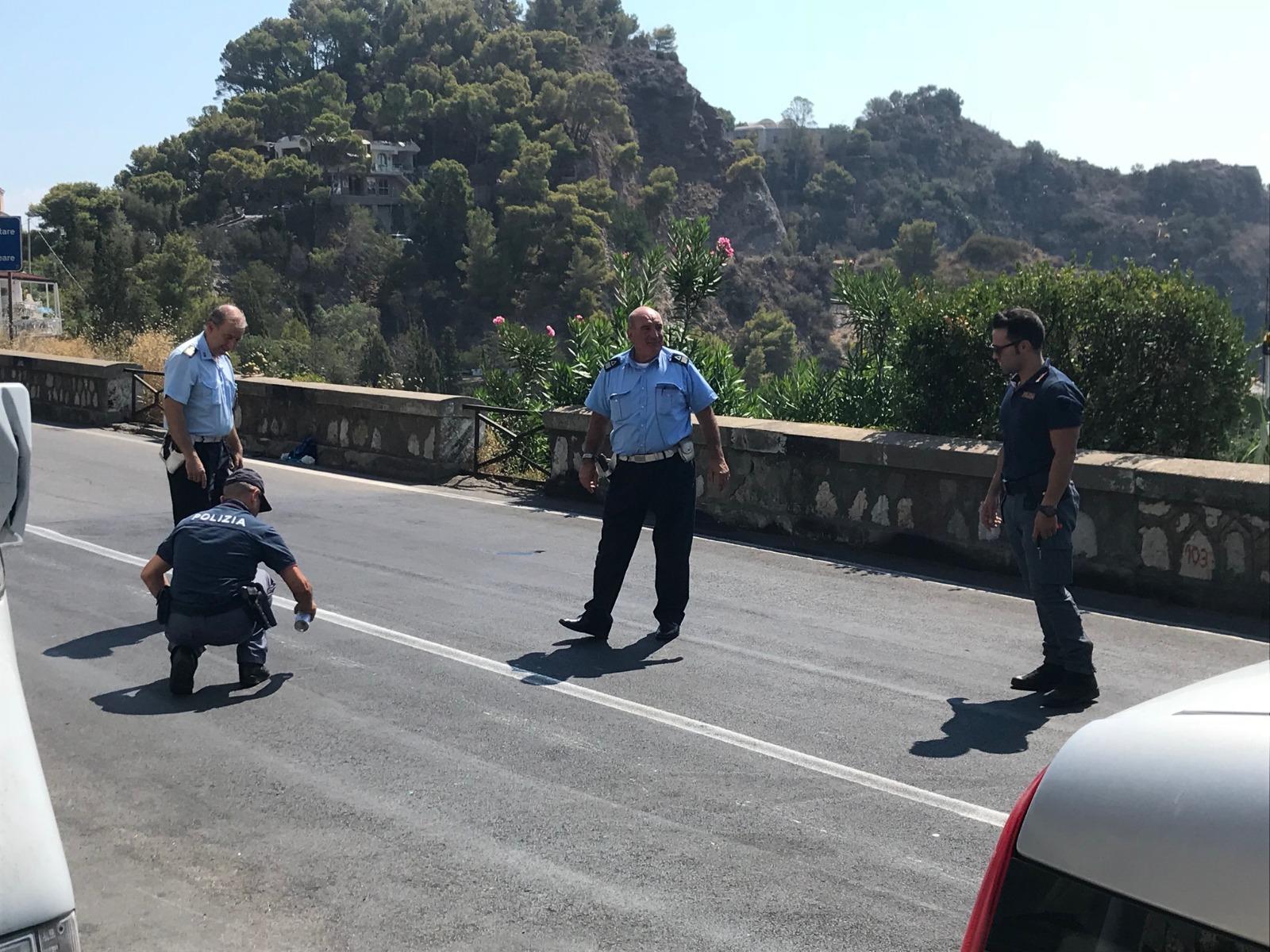 Giovani travolti da un'auto a Taormina: quattro feriti, grave una ragazza