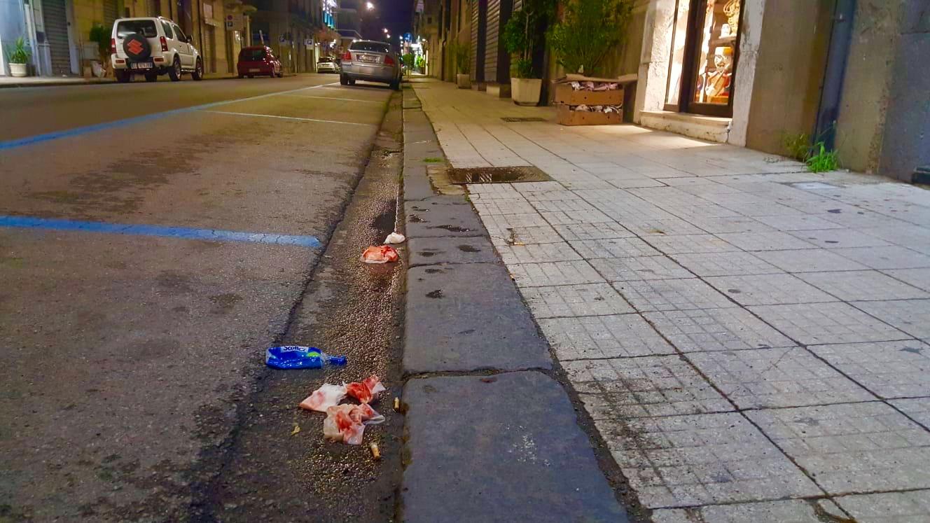 Via Dei Mille, indagini sul tombino-killer