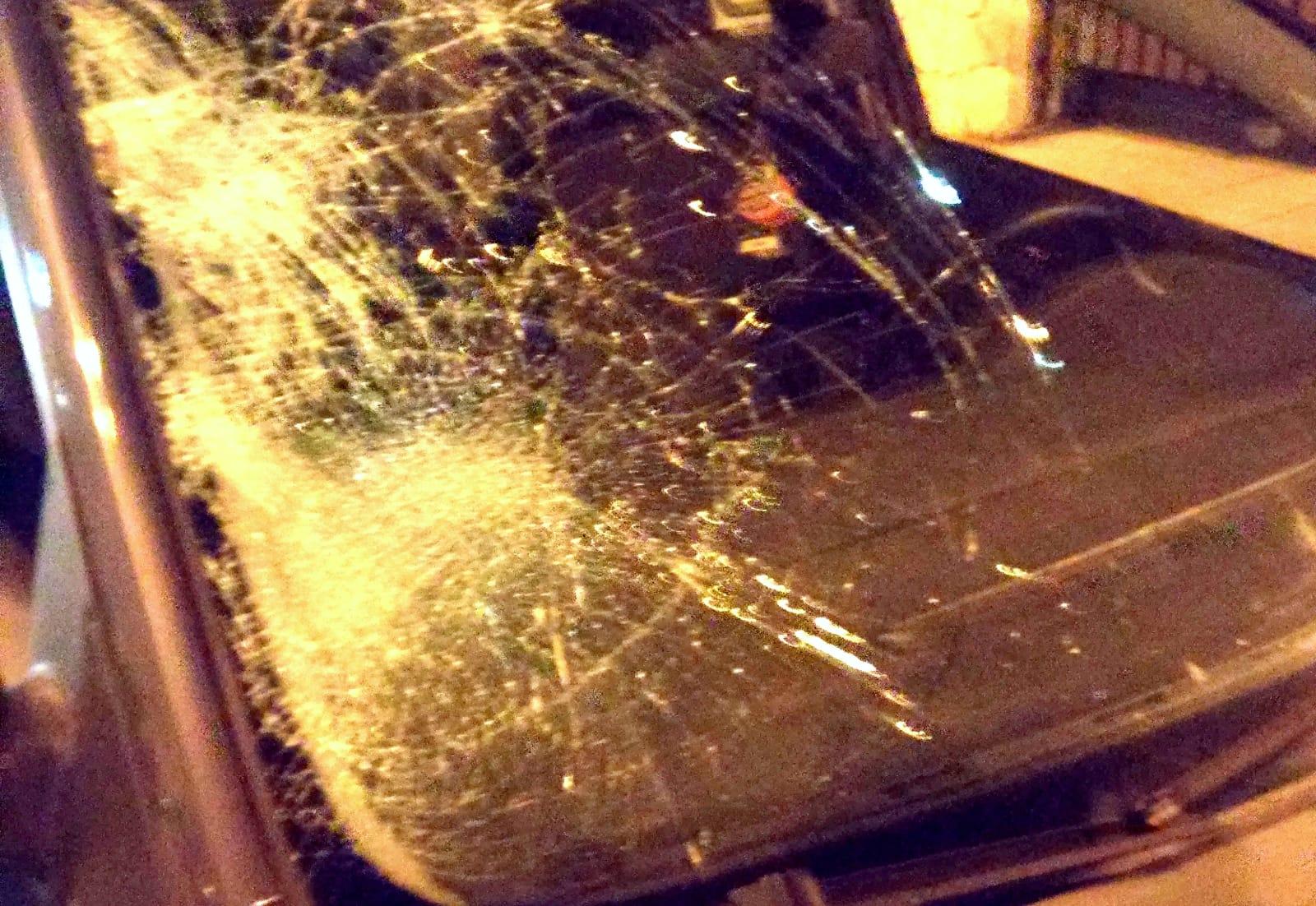 Pedone travolto da un'auto in via del Santo, 19enne ricoverato in gravi condizioni