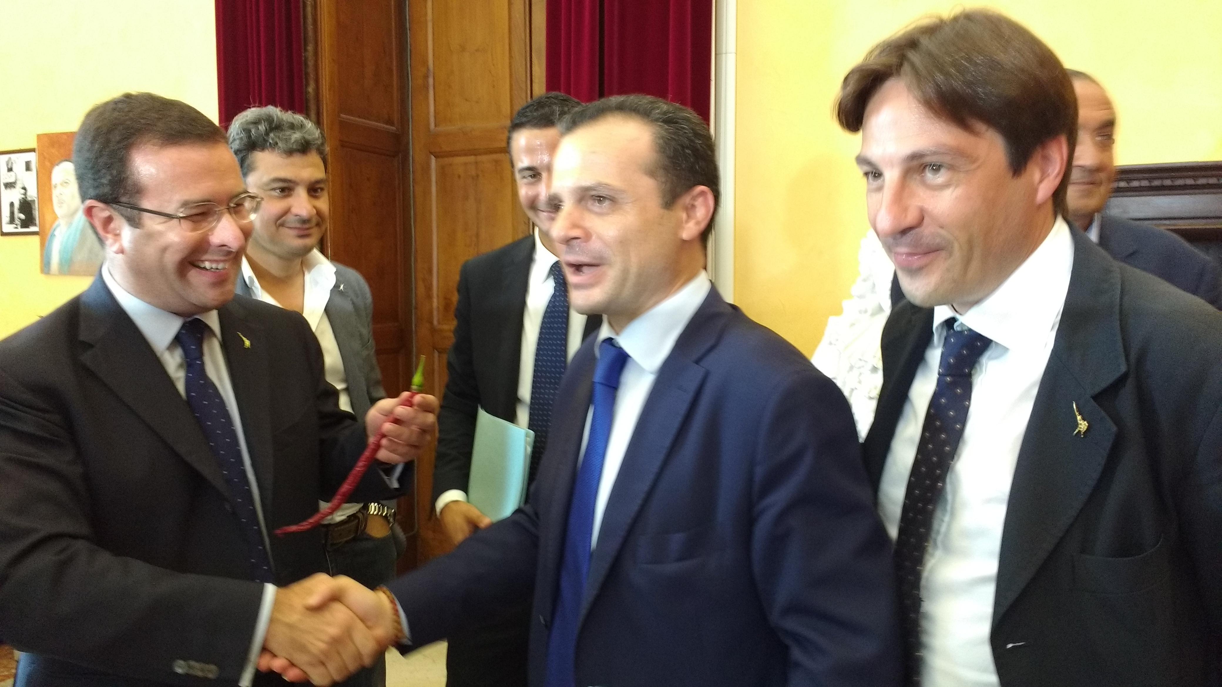 """""""Alleanza al peperoncino che risana"""", Candiani: """"Quando De Luca sarà pronto, parleremo dei milioni"""". Sindaco: """"Avviata già istruttoria quindi già scattante"""""""