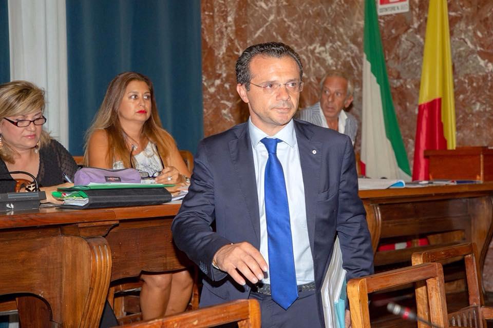 """Agenzia Risanamento, dopo il voto torna il sereno tra De Luca e il Consiglio: """"Insieme abbiamo difeso Messina"""""""