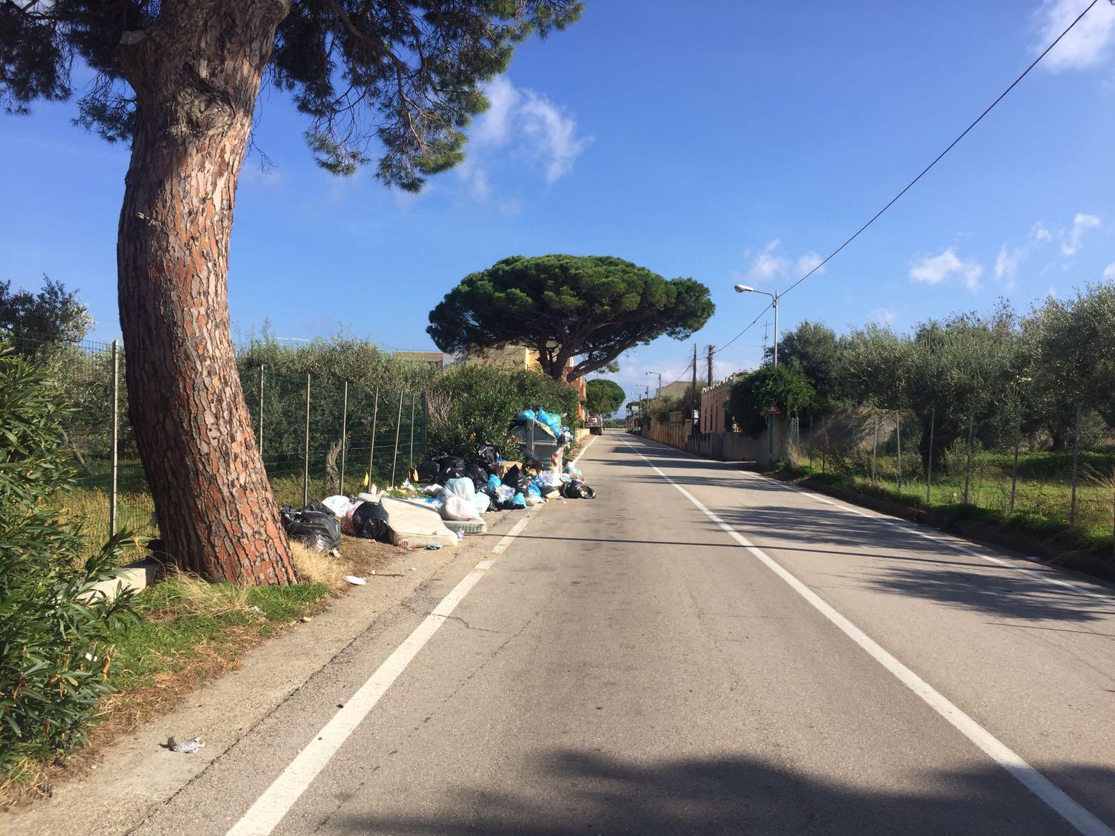 """Ora Messina: """"Città invasa dai rifiuti, rischio per la salute pubblica, gravi mancanze dell'Amministrazione De Luca"""""""