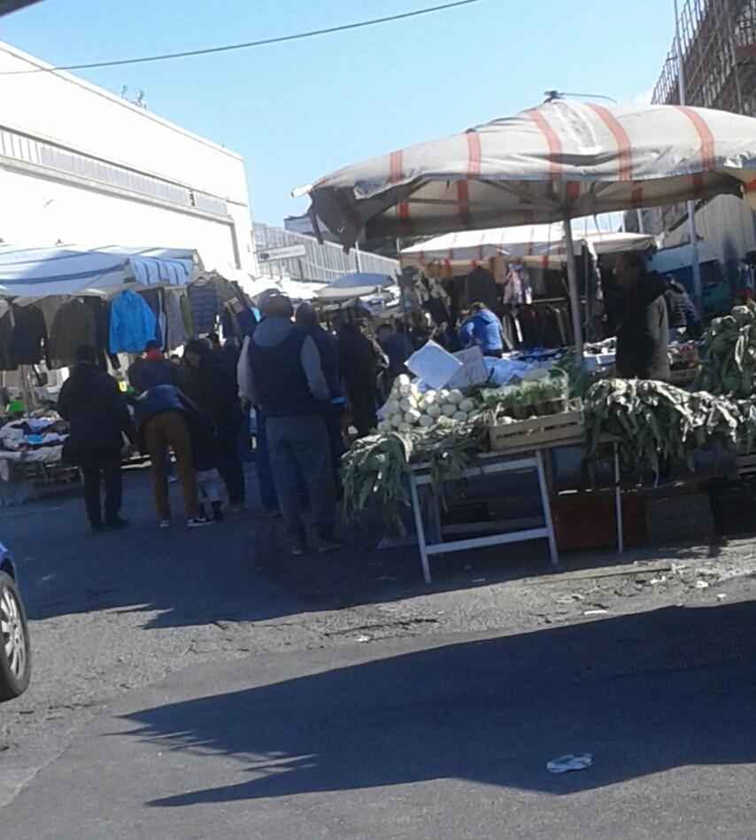 Mercati: falsa partenza a San Filippo, meglio alla Zir