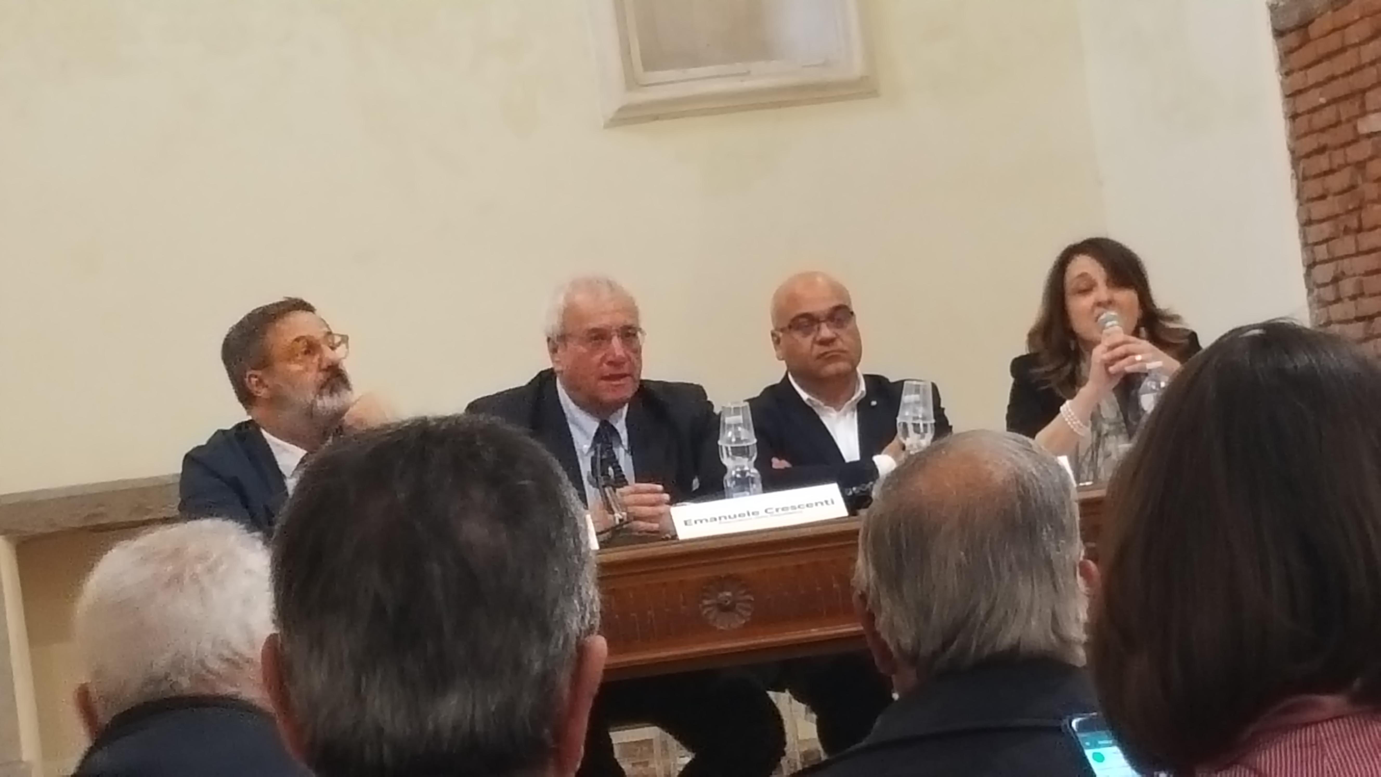 Grande partecipazione di pubblico per la presentazione del volume  La mafia dei pascoli