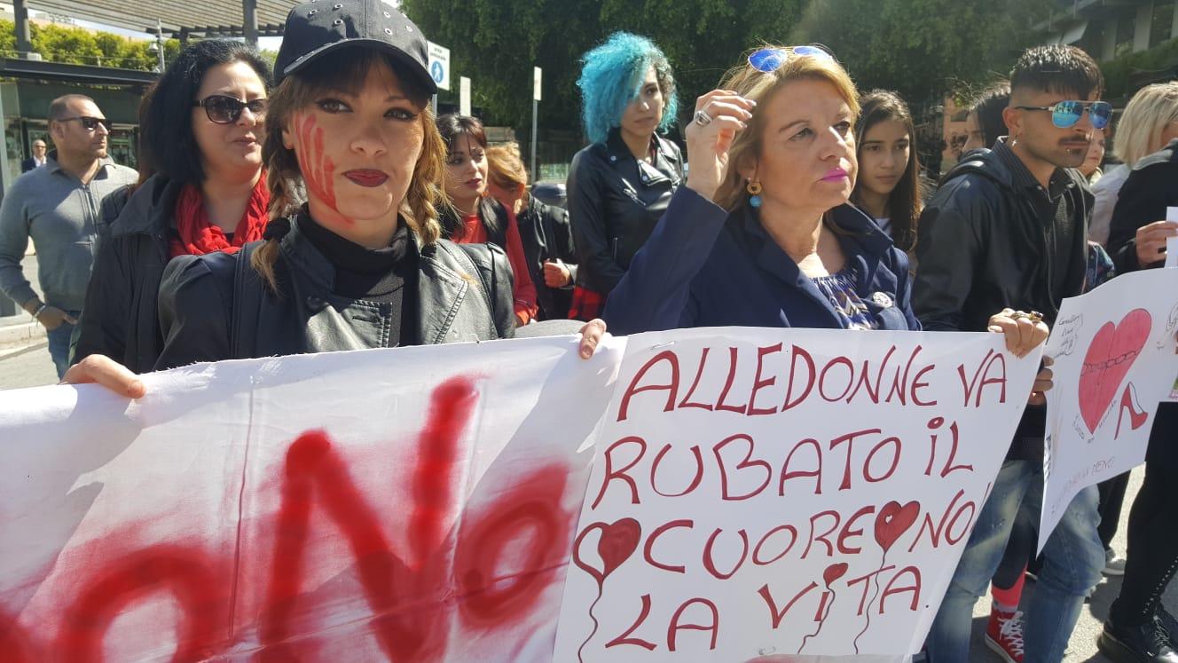 Corteo per commemorare Alessandra Musarra, vittima di femminicidio
