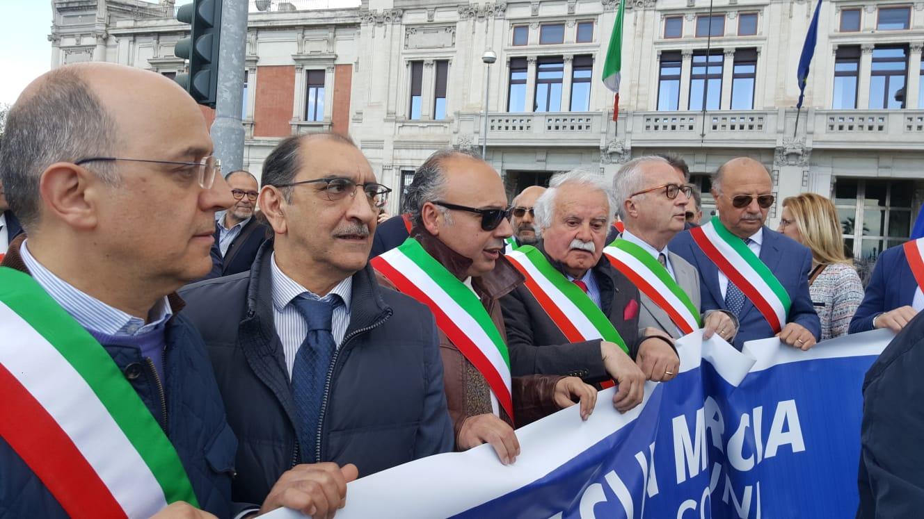 Ex Province, il 15 maggio la marcia dei sindaci a Palermo
