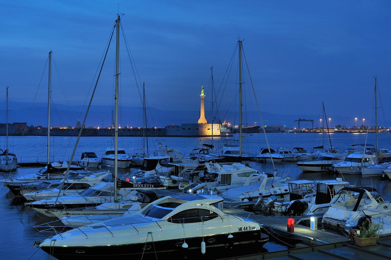 Ambiente, il Marina del Nettuno è l'unico porto siciliano ad aver issato la bandiera blu