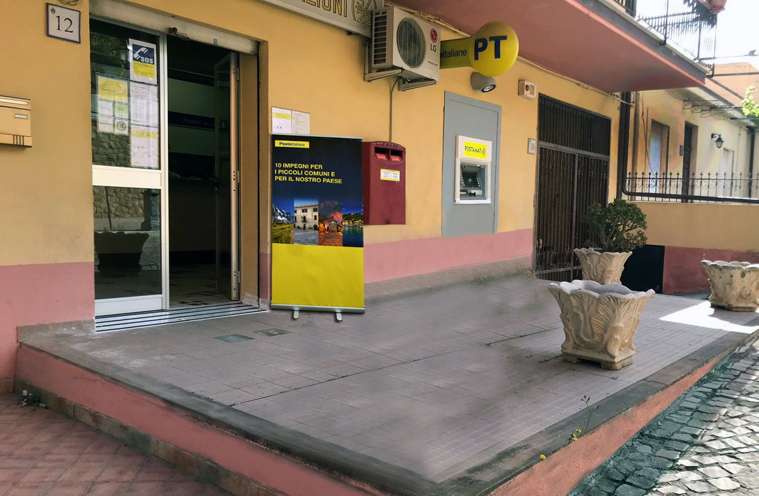 Poste italiane completa abbattimento barriere architettoniche