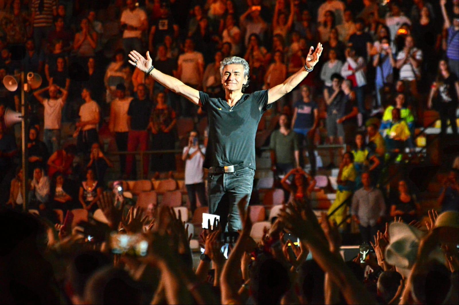 Entusiasmo al concerto di Ligabue
