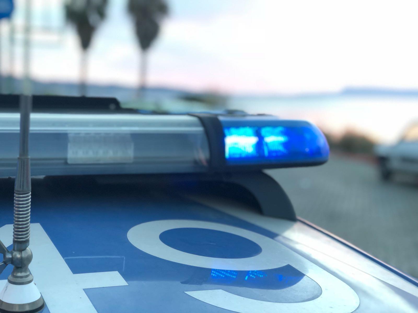 Minacce, droga e botte, arrestati due messinesi: uno è finanziere