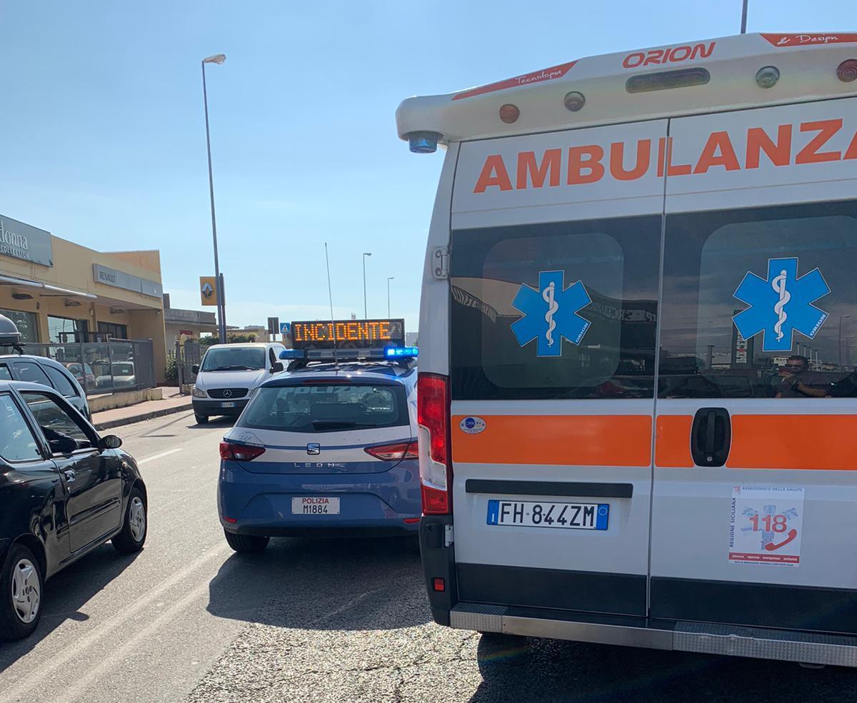 Incidente sulla Ss 114: una ragazza e una bambina finiscono in ospedale