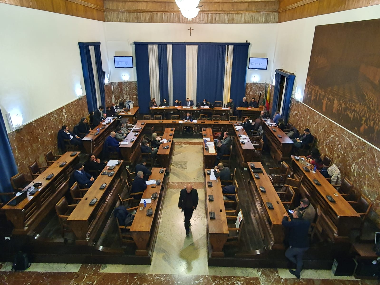 Debiti fuori bilancio, alle 14 si riunisce il Consiglio comunale