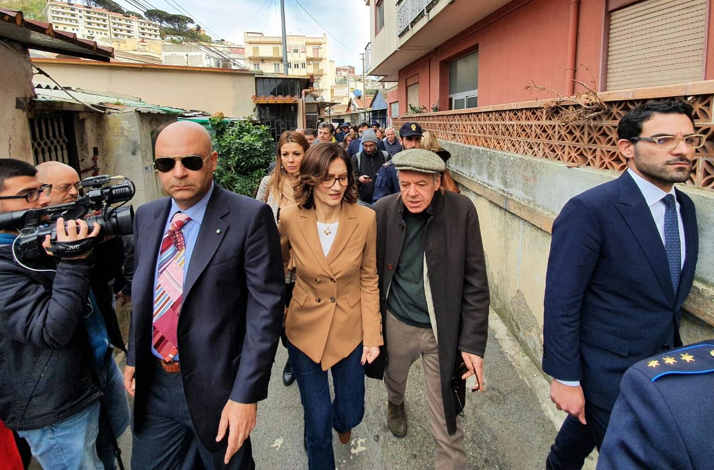 """Gelmini: """"Stato di emergenza per le baracche di Messina"""""""