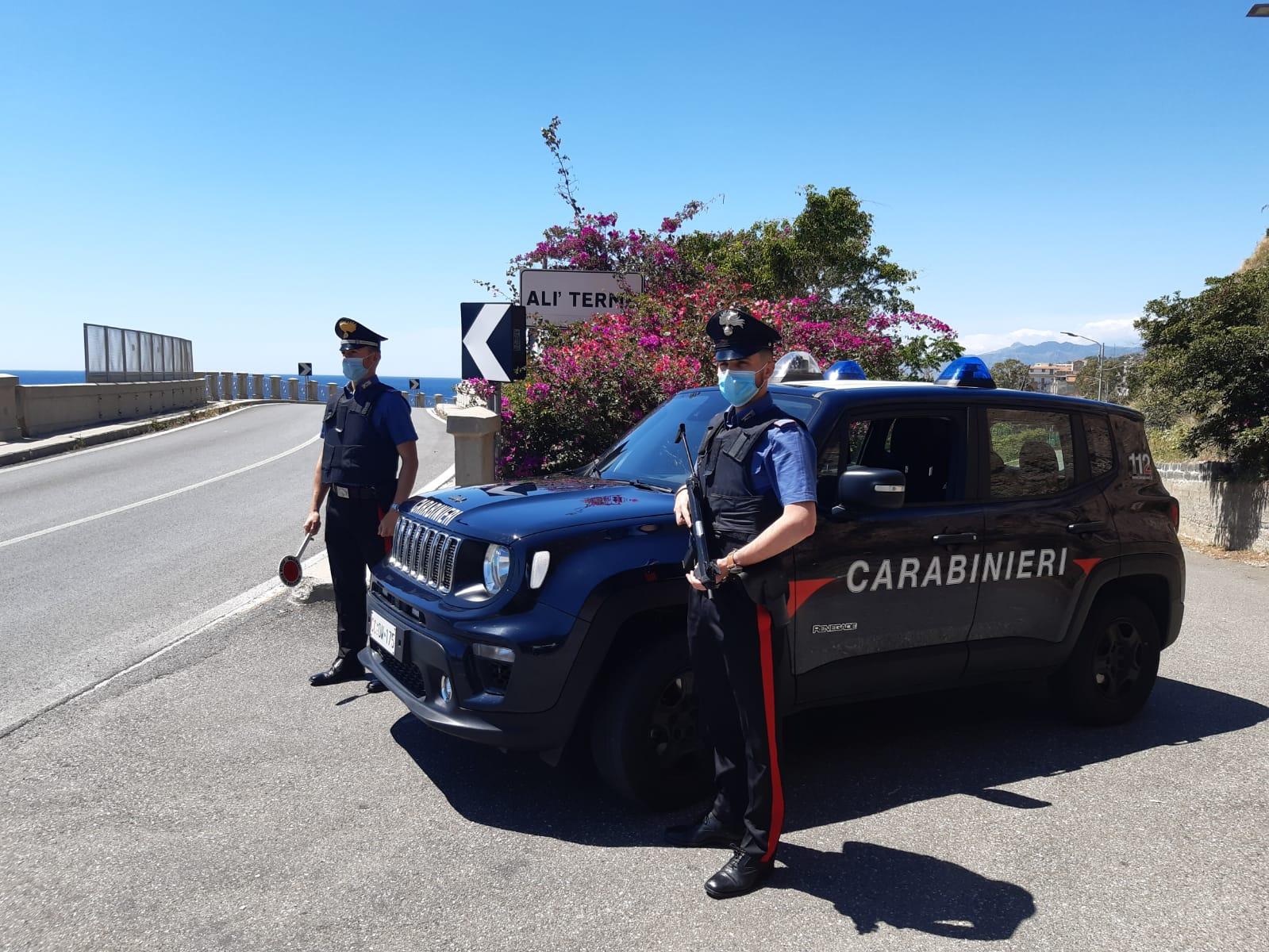 Droga party con minori, due arresti ad Alì Terme