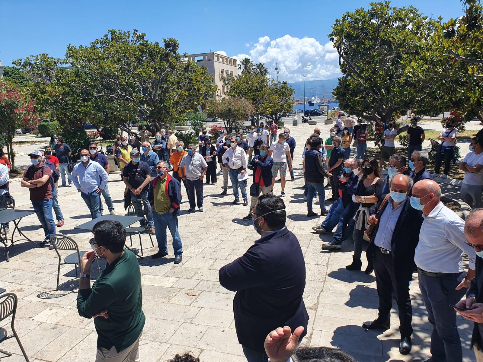 Prosegue la rivolta dei tavolini: Interdonato annuncia l'occupazione della Soprintendenza
