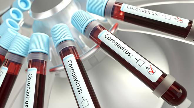 Il Covid fa paura: 7 morti e quasi 400 nuovi contagi