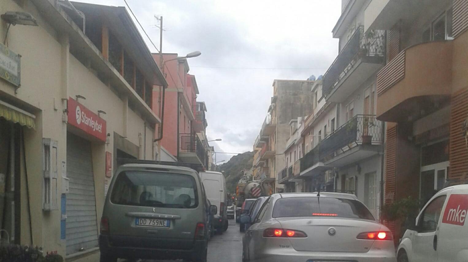 """Santa Margherita, il senso unico """"iattura"""" per commercianti e residenti"""