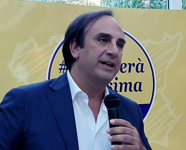 """Galluzzo: """"Il no al Ponte scelta scellerata. Il governo guarda solo al Nord"""""""