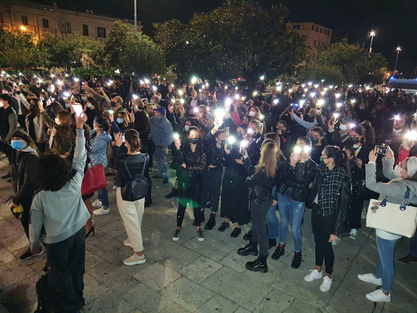 Anche Messina manifesta contro l'ultimo dpcm