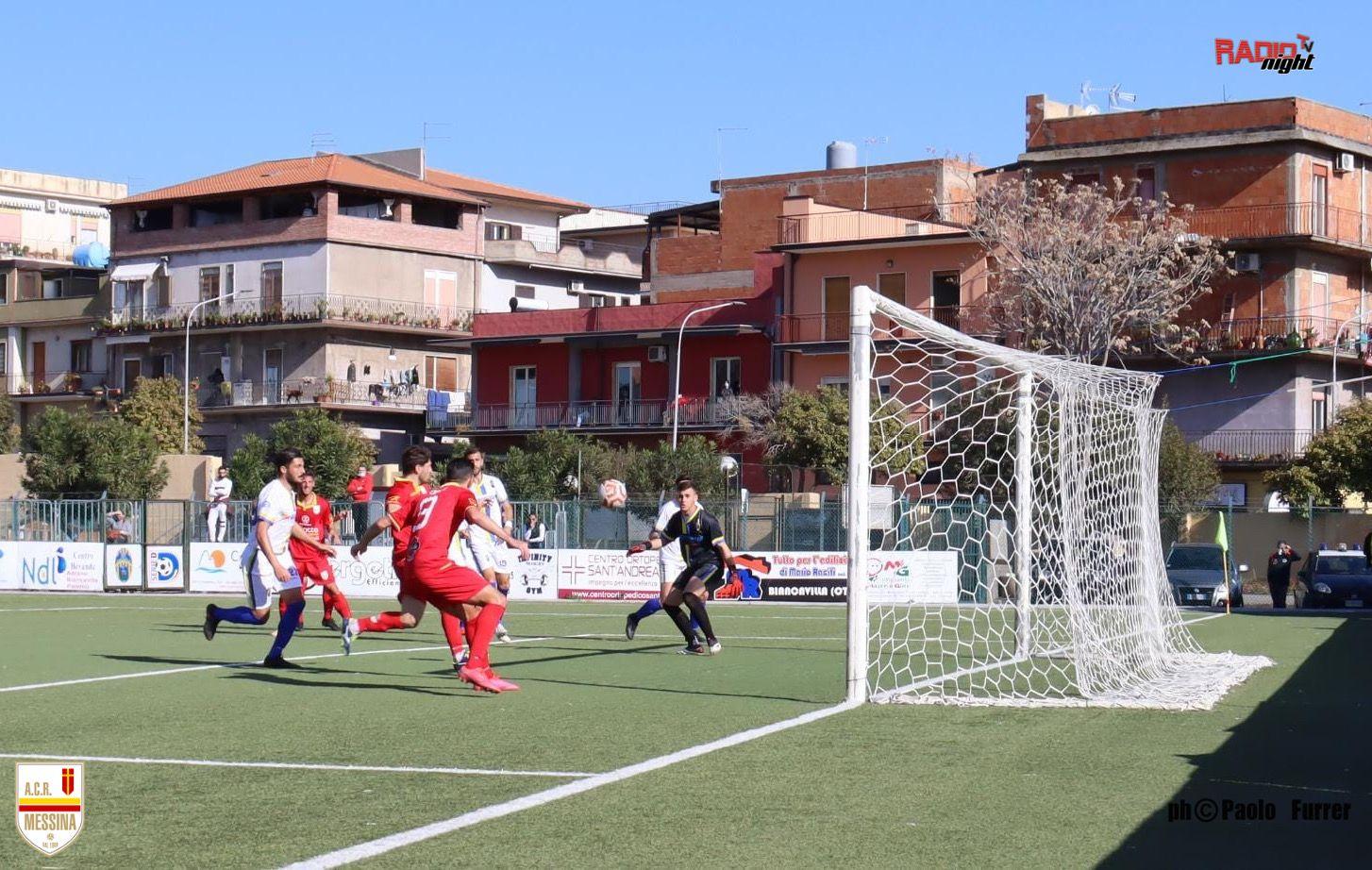 CALCIO SERIE D – Primi tempi: Acr Messina sull'1-1 a Biancavilla. Fc Messina avanti 2-1 sul Dattilo