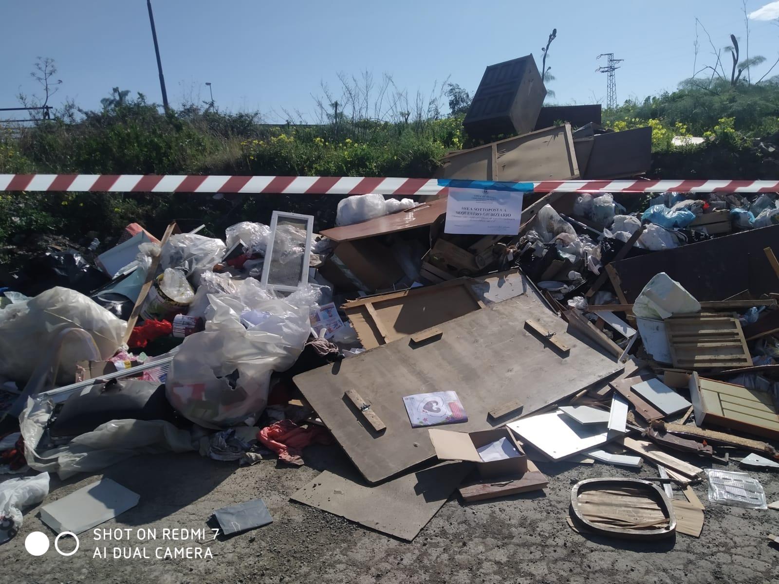 Abbandono rifiuti, in 2 settimane denunciate decine di persone