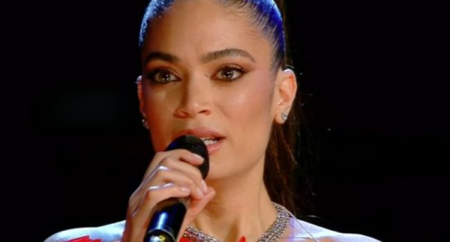 Sanremo, 2^ serata tra gag, Schwazer, emozione Elodie e Pausini