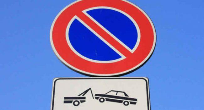 Ripristinato divieto di sosta in un tratto di via Del Vespro