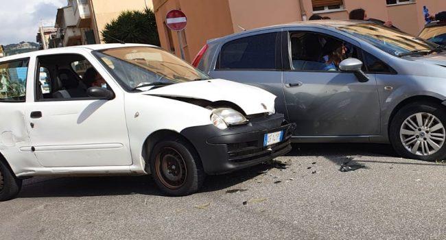 Scontro in via Liguria, due feriti lievi