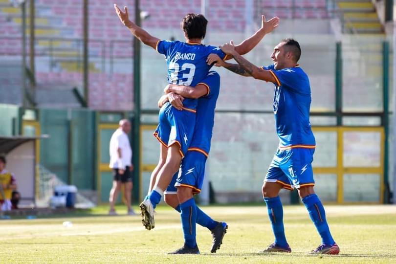 CALCIO – Fc Messina supera Acireale e accede alla finale playoff col Gelbison